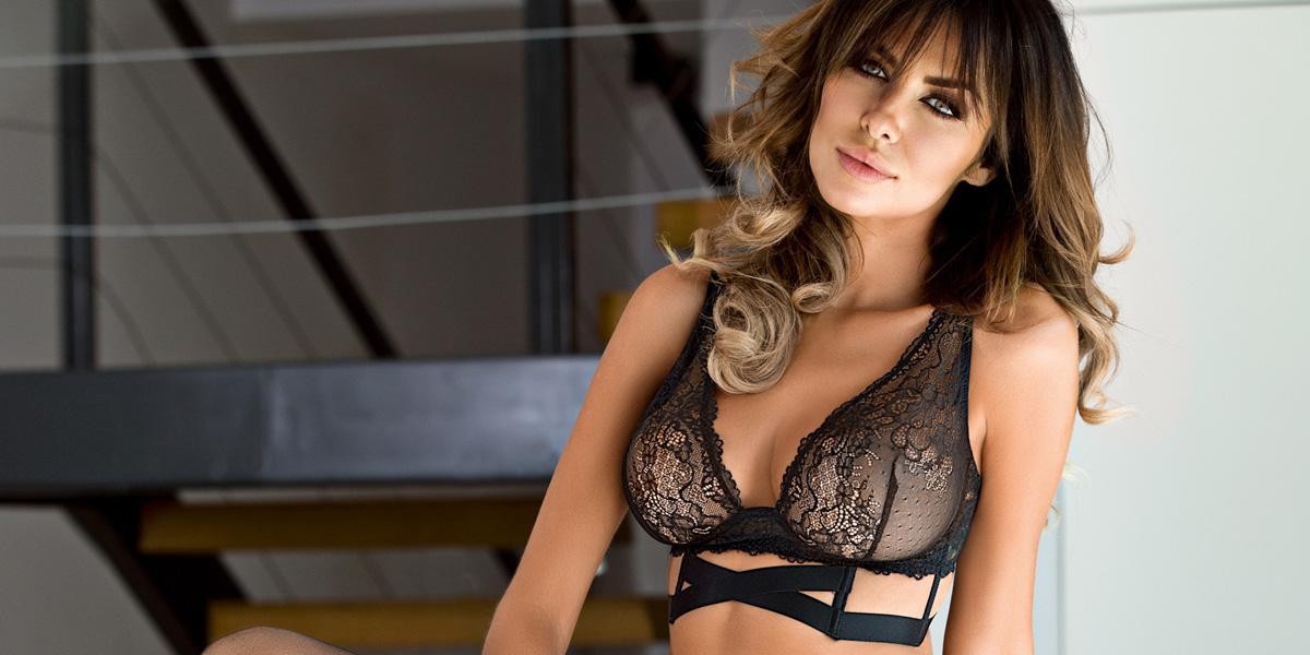 女性誌『an・an』掲載モデル モードレディが選ぶハーネスブラ
