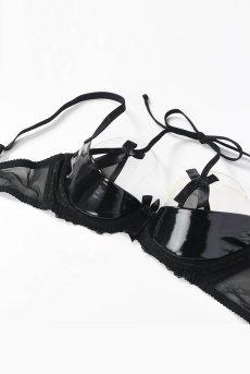 画像10: レースのカバー付きオープンバストブラ(シェルフブラ・黒・エナメル風フェイクレザー) [V-6471]【送料無料】輸入下着・高級ランジェリー (10)