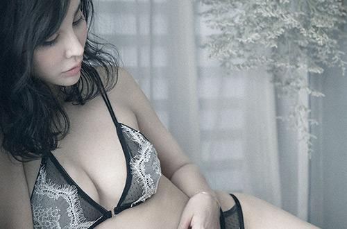 Alquarteモデルのミレーナさん。