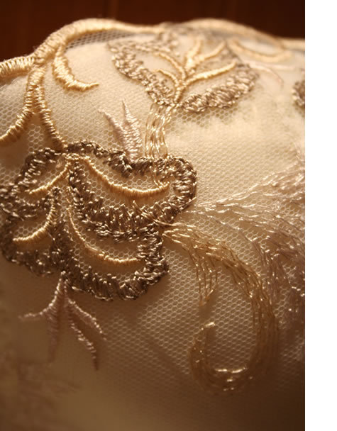 美しい刺繍は伝統の技術の集大成
