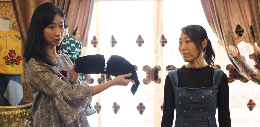 Lingerie Therapist 加藤 綾乃・知性を磨き、賢い女性であれ!アウター対応編