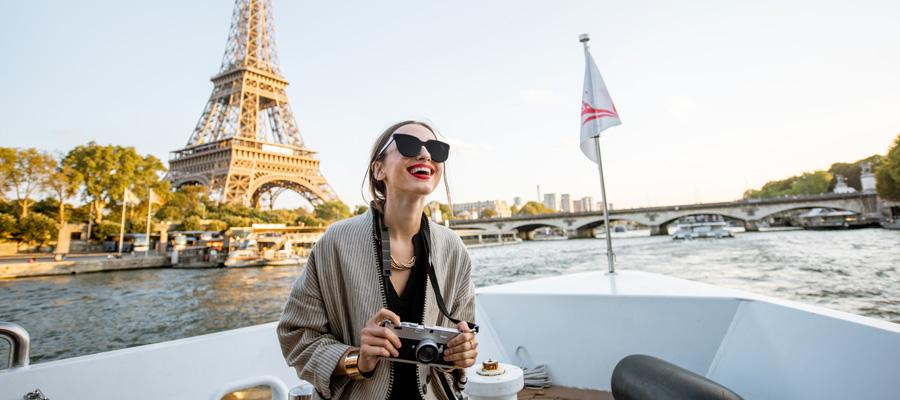 ランジェリースタイリスト REINA・パリジェンヌはなぜ憧れられる?