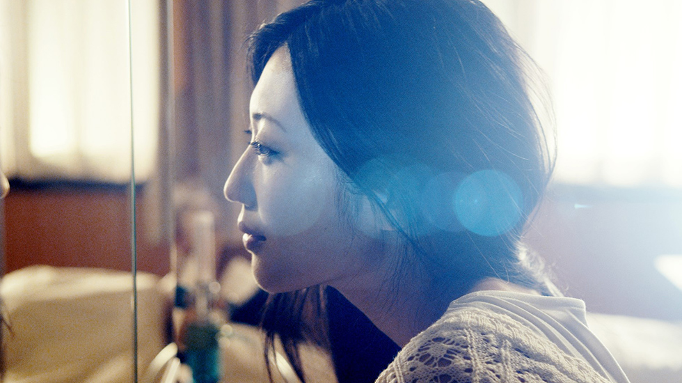 本作品で第37回日本アカデミー賞新人俳優賞を受賞した壇蜜