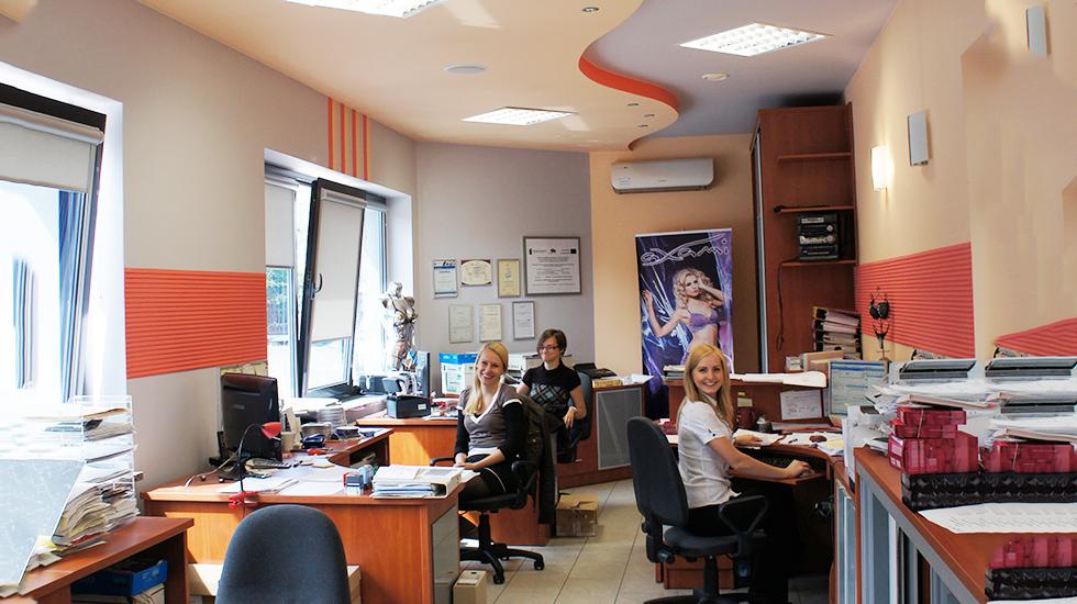 明るく開放的なアクサミのオフィス