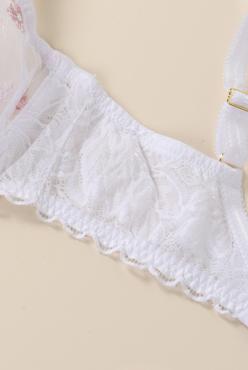 Ewa bien 一枚レースブラ BELLA white B103 商品詳細
