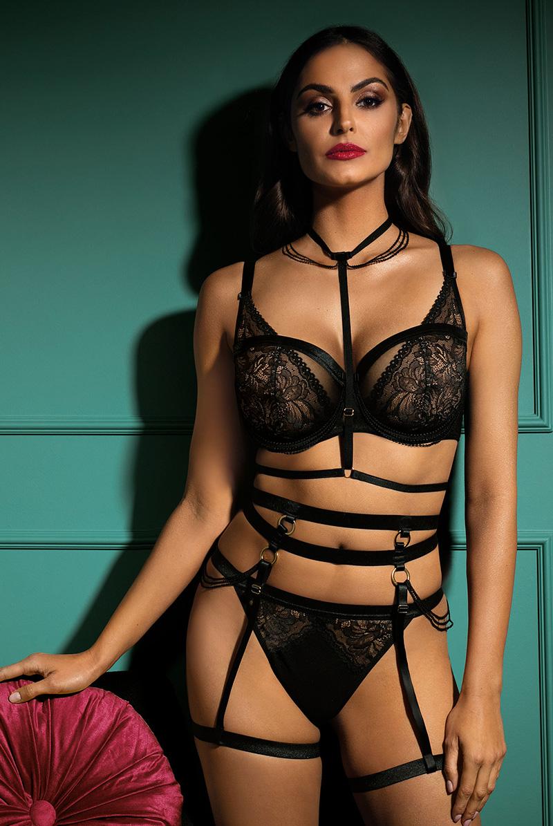 Ewa bien エヴァビアン セミソフトブラ ALIZZE black B150 モデル画像