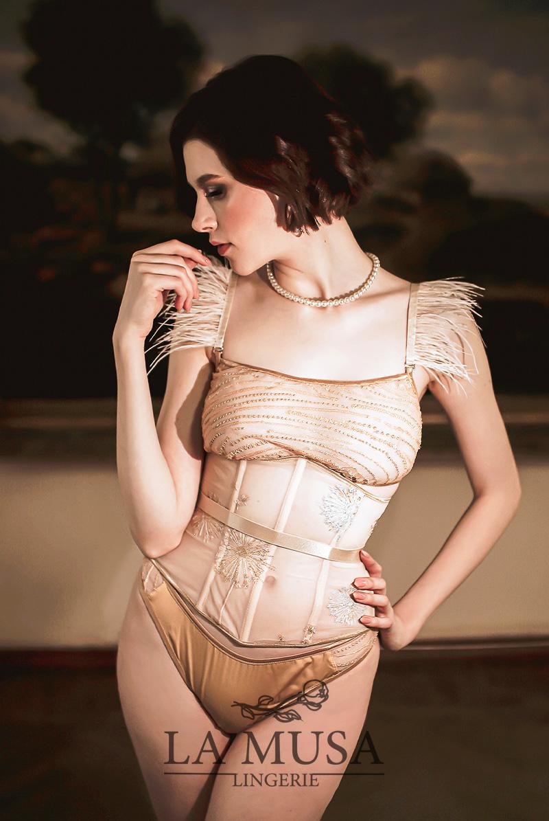 La Musa ラミューザ ブラレット セット Gold Sparkle Set モデル画像