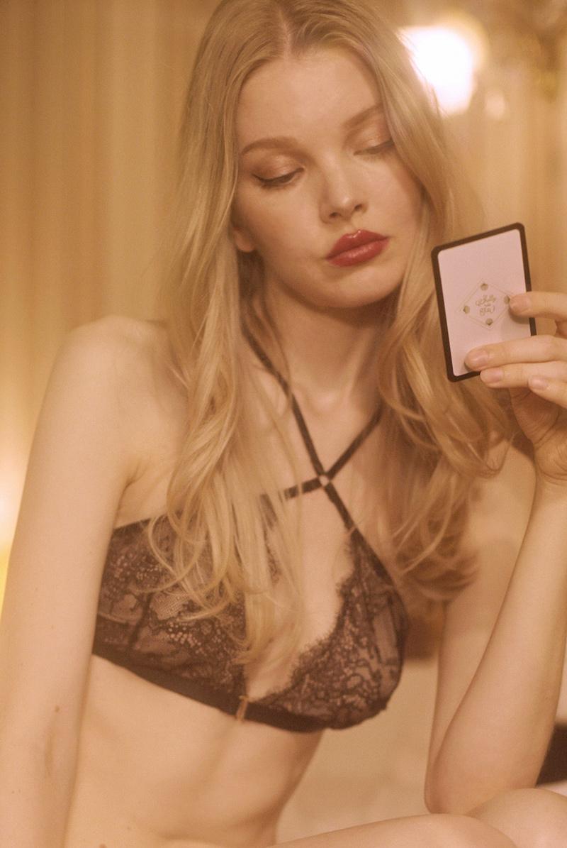 Shelly de Titi ブラレット Jane Bra Black モデル画像