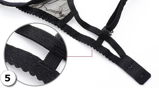 ストリングタンガ(ショーツ)のウエスト等に使われる平ゴムと同じゴムを使用しています。ゴムなのでよく伸びます。