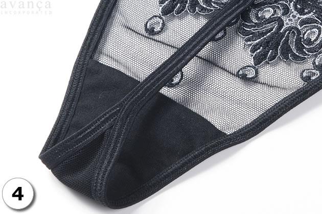 クロッチ部分は、当て布付きの二枚仕立てです。