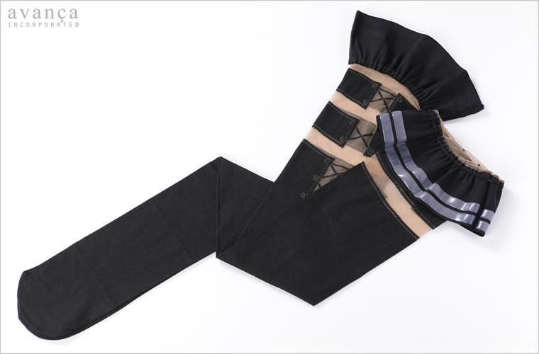 フロントスタイルはシンプルなブラックのシリコン付きガータータイツ。