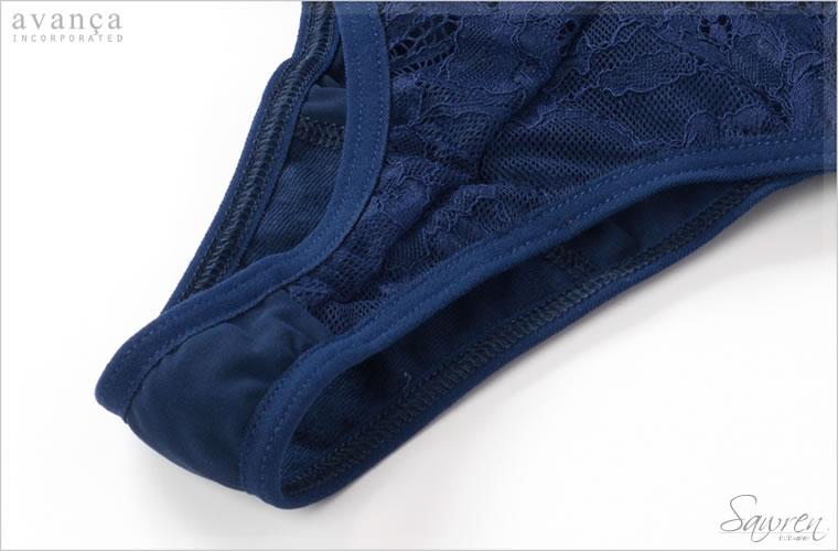 クロッチ部分(ショーツの股部分)は当て布付きの2枚仕立てです。